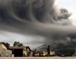 Indonésie – Éruptions du volcan Sinabung